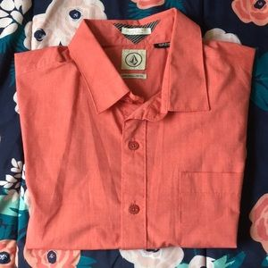 Volcom button down short sleeve